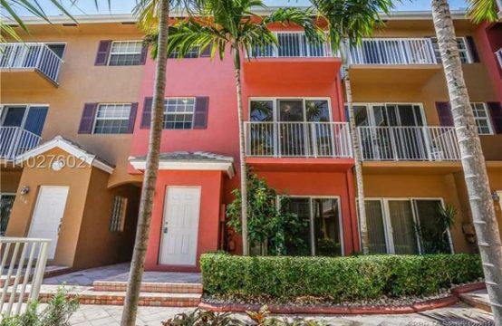 2725 Northeast 8 Ave #113, Wilton Manors, FL 33334