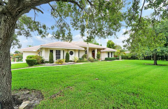 13221 SW 29th Ct DAVIE, FL 33330