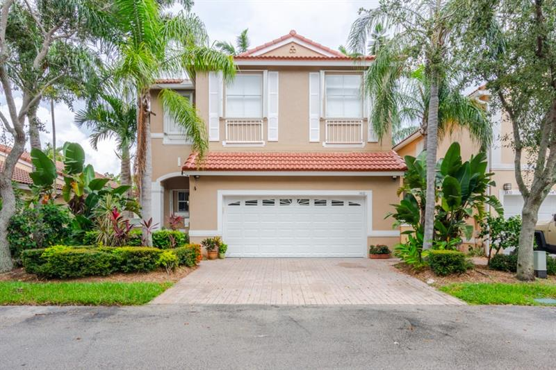 1410 Sweetbay Way Hollywood, FL 33019